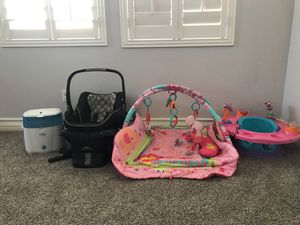 Car seat, baby gym, baby seat, bottle steamer for Sale in Calexico, CA
