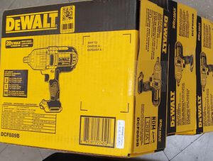 Dewalt 1/2 Impact Wrench 20v Max - TOOL ONLY for Sale in Chicago, IL
