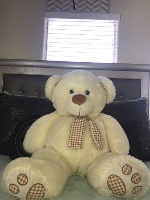 Big teddy bear for Sale in Las Vegas, NV