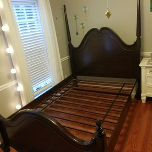 Full Size Bedroom Set for Sale in Cary, NC