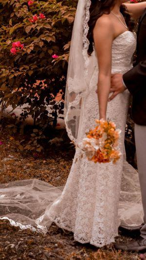 Davids Wedding dress size 6 for Sale in Mercedes, TX