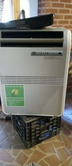 Haier Portable AC Unit for Sale in Ellenwood,  GA