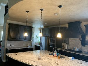 Kitchen island small pendant for Sale in Irving, TX