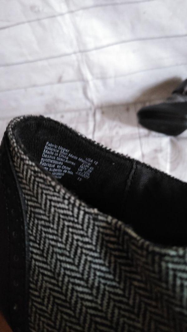 Beautiful DexFlex Comfort Sandal , women's size 12 ( good condition )