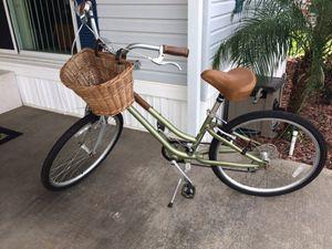 Giant Suede Bike for Sale in Avon Park, FL