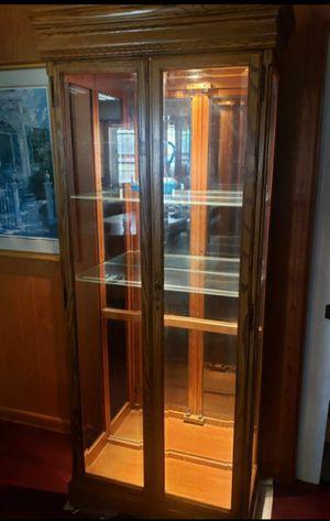 Oak Curio Cabinet W/ Mirror & Lights Up for Sale in Victoria, TX