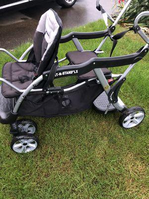 2in1 stroller for Sale in Beaverton, OR