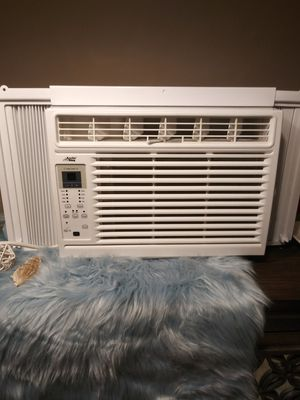 BRAND NEW ARCTIC KING WINDOW AC UNIT SMALL for Sale in Dunwoody, GA