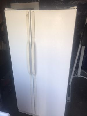 Refrigerator for Sale in Columbus, OH