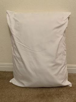 Standard Pillow for Sale in Waco,  TX