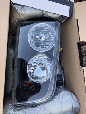 2008-2010 Dodge Charger Headlights for Sale in Beverly Hills, MI