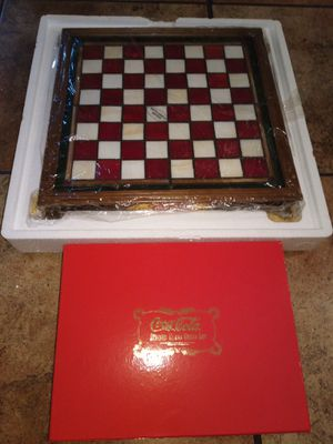 Coca cola Franklin Mint Chess Collection for Sale in Phoenix, AZ