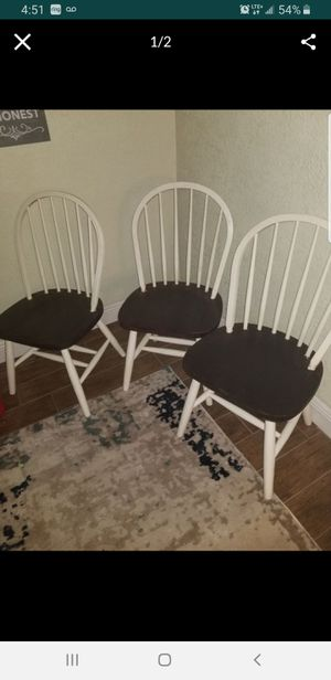 Wooden chairs $40 dinning (3) chairs for 40 for Sale in Miramar, FL
