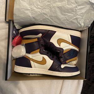 Jordan 1 SB Dunk La To Chicago Size 11 for Sale in Whittier, CA