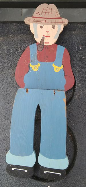 Shelf man for Sale in Farmville, VA