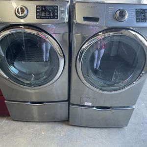 Samsung Silver Vrt Washer And Electric Dryer Set for Sale in Stockton, CA