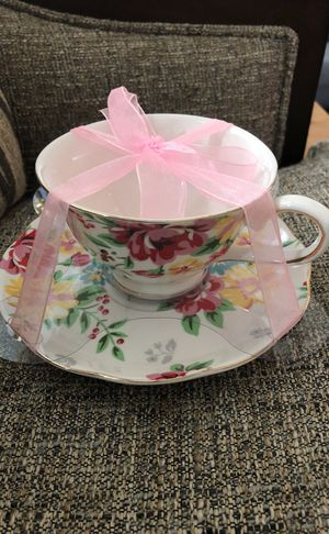 New Never Used With Out Box 📦 Tea mug With Saucer 3 D Flowers on the Cup only Brand Name Is Stechcol Gracie China by Coastline Imports Microwave for Sale in Bailey's Crossroads, VA