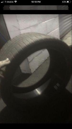 Tire single 285/30/19 Michelin 40% tread for Sale in Temecula, CA