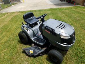 Craftsman Lawn Tractor for Sale in North Royalton, OH