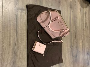 Kate Spade New York Baby Pink purse strap removable with matching wallet for Sale in Turlock, CA