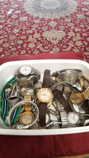 WHOLE LOT OF NEW AND OLD TIMEX WATCHES BUNDLE for Sale in Springfield, VA