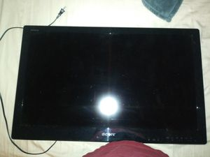 Sony 31.5 inch no remote was in guest room for Sale in Buena Park, CA