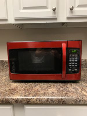 Microwave Less than a year old. for Sale in North Tustin, CA