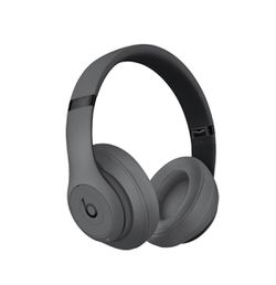 Beats Studio3 Bluetooth Wireless Over-Ear Headphones with Mic - Noise-Canceling - Gray for Sale in San Diego,  CA