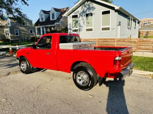 2002 Ford ranger XLT Low miles 4x2 for Sale in Chicago, IL