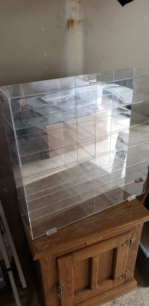 Mirrored display case for Sale in Bothell, WA