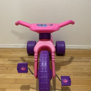 11inch Big wheel for either a Boy or Girl. for Sale in Everett, WA
