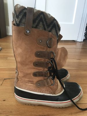 Sorel Joan of arctic snow boot -women's size 9 for Sale in Denver, CO