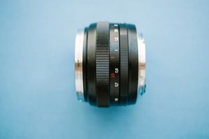 Carl Zeiss for Canon. 50mm 1.4 ZE Planar T* for Sale in Portland, OR
