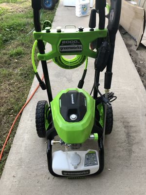 Pressure washer for Sale in Caruthers, CA