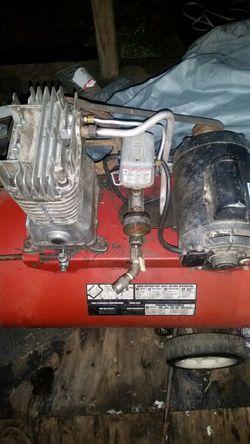 Craftsman 30 Gallon Air Compressor for Sale in Dover,  PA