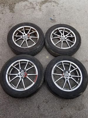 Rims 18 Capri 5 lugs 114.3 mm for Sale in Davie, FL