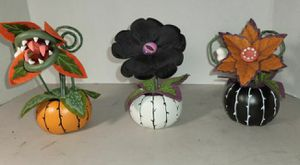 Hyde and EEK! Set of 3 Halloween Ghoulish Garden Creepy Succulents for Sale in Cypress, CA