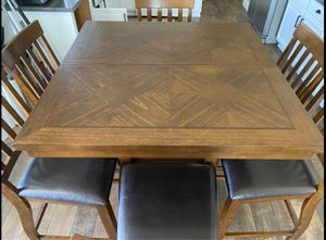 Tall Kitchen Table for Sale in Plumas Lake, CA
