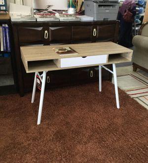 Office desk for Sale in Dearborn, MI