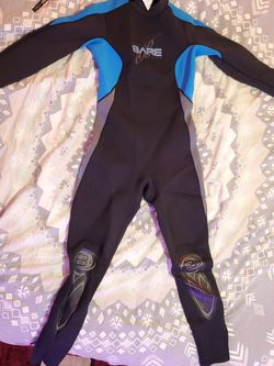 BARE Velocity ladies 3/2mm wetsuit SIZE 12 used only a few times! for Sale in Longwood,  FL