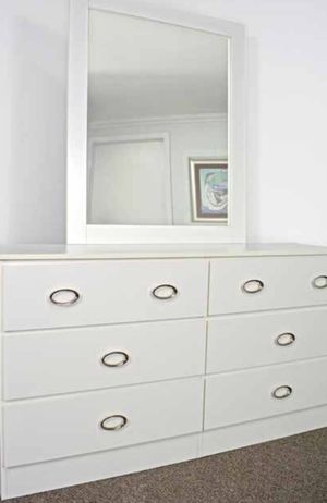 NEW SIX DRAWER DRESSER AND MIRROR AVAILABLE FOR DELIVERY for Sale in Miami Beach, FL