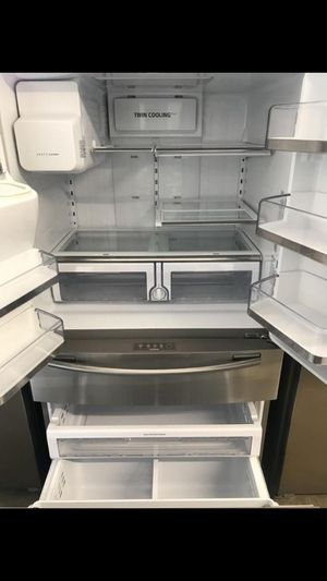 SAMSUNG FOUR DOOR STAINLESS STEEL REFRIGERATOR $1000-$1100 for Sale in West Covina, CA