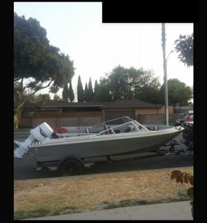 lake boat starcraft with 150hp engine. 2000 obo. for Sale in Lynwood, CA