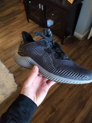 Women's Adidas Alphabounce Size 9 for Sale in Brentwood, PA