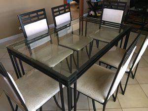 Kitchen dining table and 6 chairs for Sale in Aurora, IL