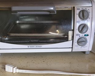 toaster oven Excellent condition works great for Sale in Yakima,  WA