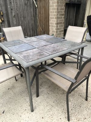 Outdoor table and chairs for Sale in Houston, TX