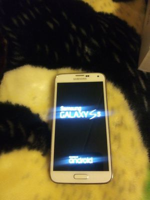Samsung galaxy s5 T-Mobile for Sale in Chicago, IL