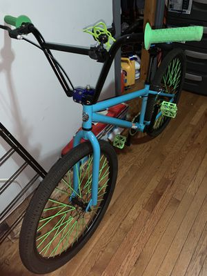 Mongoose DJ682 (26 inches) CUSTOM for Sale in The Bronx, NY