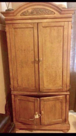 $250 mueble buena condicion for Sale in Lakewood, CA